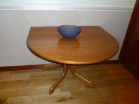 DROP LEAF DINING TABLE IN YEW WOOD. 1.5 M. X 1 M. FOLDS DOWN TO 1METRE X 300MM. IMMACULATE CONDITION