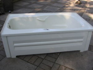 Jet Tub And All Accessories Including The Motor