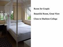 LUXURY ROOM NEAR SHAFSTON 2GIRLS OR A COUPLE Kangaroo Point Brisbane South East Preview