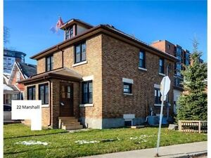 House for 4 renting in kitchener waterloo 2 min walk to Laurier