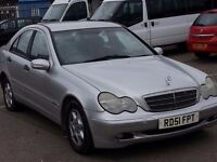 MERCEDES BENZ C180 CLASSIC AUTOMATIC LEATHER