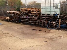 Free Pallets in Reading