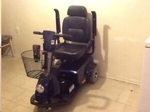 Fortress 1700 TA 3 Wheel Scooter -Mint Condition- Can Deliver