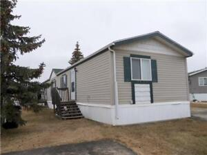 WELL MAINTAINED PEACE RIVER MOBILE HOME