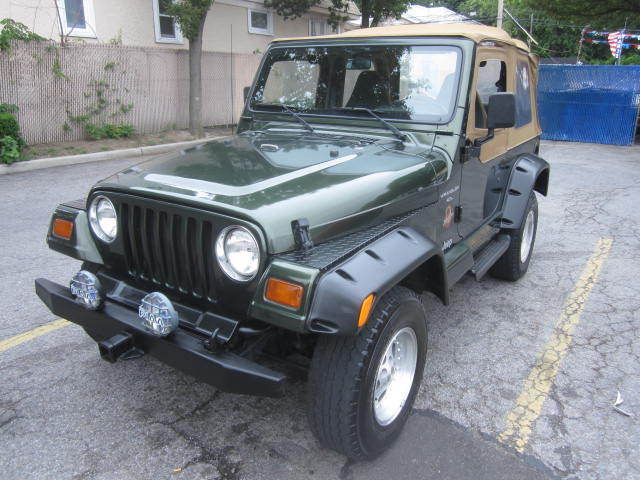Image 1 of Jeep: Other Sahara Green