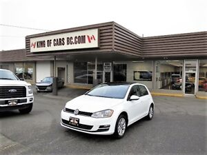 2015 Volkswagen Golf TSI WITH PANORAMIC ROOF AND LEATHER SEATS
