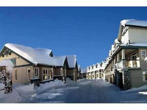 4 bedroom, 3 bath furnished chalet in Big White for Summer Month