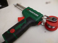 SOLDERING GUN WITH SOLDER FEED (NEW)