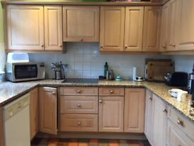 Second Hand Kitchen in good condition (Solid Wood Doors and Granite Worktops)
