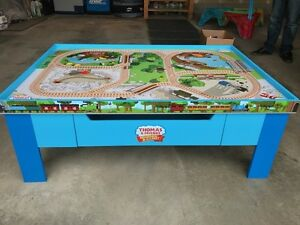 Thomas & Friends Train Table with Track & Trains