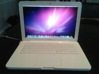 "13"" White mid 2010 MacBook"