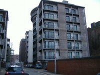 Chandlers Wharf, Docklands L1 - One bed furnished 6th floor apartment with balcony, great location