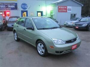 2007 Ford Focus SES|ONE OWNER | NO ACCIDENTS | NO RUST |