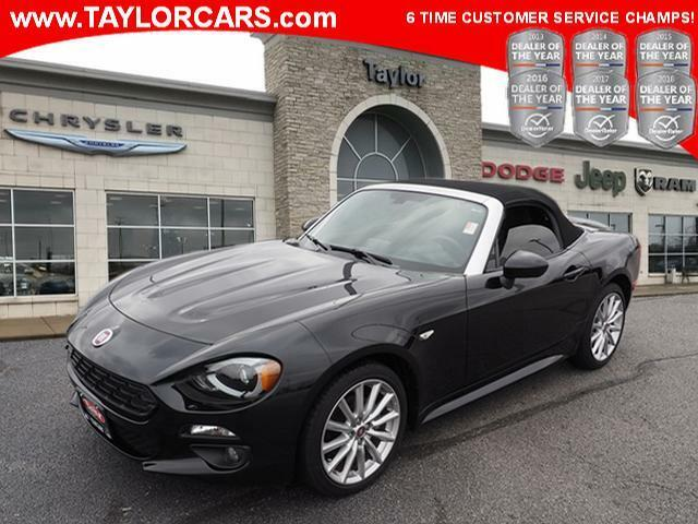 Image 1 Voiture American used Fiat 124 Spider 2017