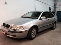 2002 Volvo S40 1.9T , Auto, Remote Starter, Snow Tires, LOW KMS!