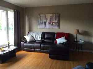 House with garage to rent near Aylmer High School.