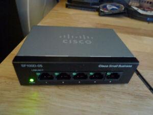 Cisco/Linksys WRT54G V8 Wireless G Router LAN 4 Port .