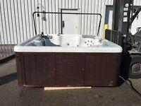 "ISLAND SPA HOT TUB -- 90"" x 90""  (7/8 PERSON)"