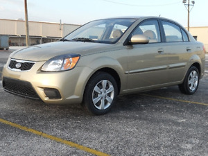 Kia Rio LX 2010 Or, Berline 4 portes, Automatique, 82 000 KM