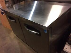 "48""  work top under counter refrigerator - in excellent condition"