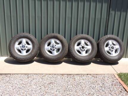 Nissan Navara D22 factory alloy rims with tyres . Strathalbyn Alexandrina Area Preview