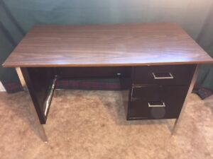 Two-drawer Metal desk