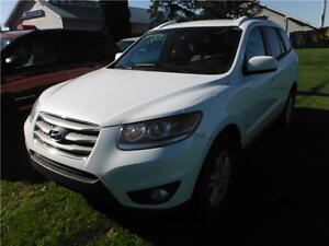 2012 Hyundai Santa Fe GL **HAIL DAMAGE*BRANDED SALVAGE**