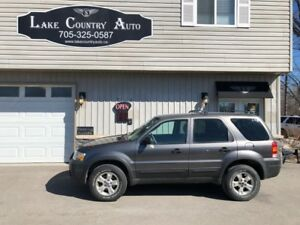 2006 Ford Escape XLT-4x4, V6, Low Km!!