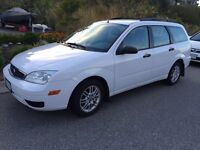 2005 Ford Focus SE Wagon with 2nd set of winter tires
