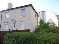 To rent - 2 bedroom upper cottage flat with large garden in Knightswood near train station & WestEnd