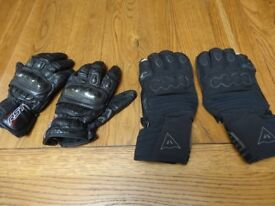 Motorcycle Gloves, Medium size with knuckle protectors,