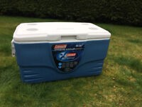 Coleman 36 Quart Xtreme Cooler Cool Box - keeps ice for 5 days