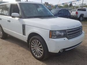 2011 Land Rover Range Rover SC 4dr 4WD 4 Door (MOVING SALE)