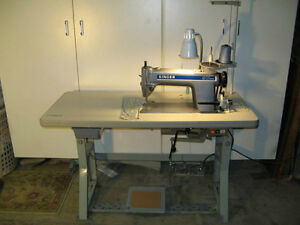 Machine a coudre industrielle commercial industriel for Machine a coudre kijiji