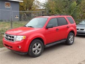 2009 Ford Escape XLT 178km. LOADED $6250 MIDCITY WHOLESALE