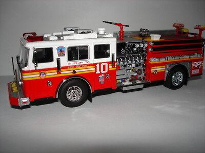Code 3 FDNY  Engine 10 Feuerwehr New York F.D.N.Y.  online kaufen