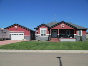 Just Listed! 4291 Caribou Crescent $465,000 MLS#42527