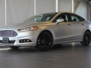 2016 Ford Fusion SE-AWD-Moon Roof-Nav-Heated Leather Seats