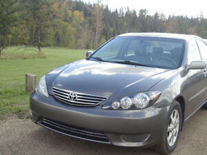 2005 Toyota Camry XLE with low mileage Edmonton Edmonton Area image 2