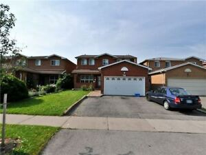 GORGEOUS 4+2Bedroom Detached House in Brampton $759,900 ONLY