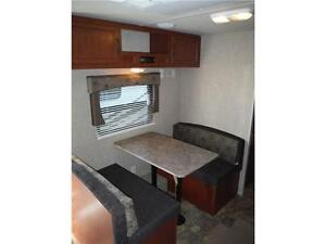 2016 Canyon Cat 27FQC Travel Trailer with Bunkbeds- Sleeps 8 Stratford Kitchener Area image 9