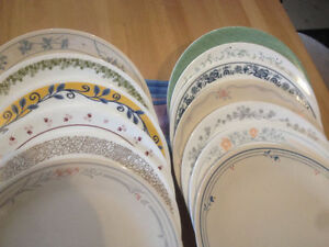 Vintage sets & replacement pieces of Corelle dishes