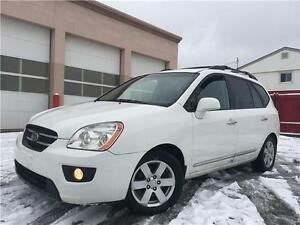 2009 Kia Rondo EX 154K = 7 PASSENGER = ONE OWNER = NO ACCIDENTS