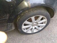 VW Bora x4 Alloys & Tyres 225, 45,17
