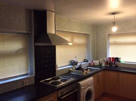 Students only Nice Double room near UWTSD uni and city centre