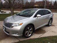 2011 Toyota Venza Fully Loaded Luxury Crossover
