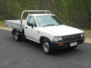 1995 TOYOTA HILUX UTE 1 TON 5SPEED 3SEATS LOGBOOKS BRISBANE REGO Clear Mountain Pine Rivers Area Preview
