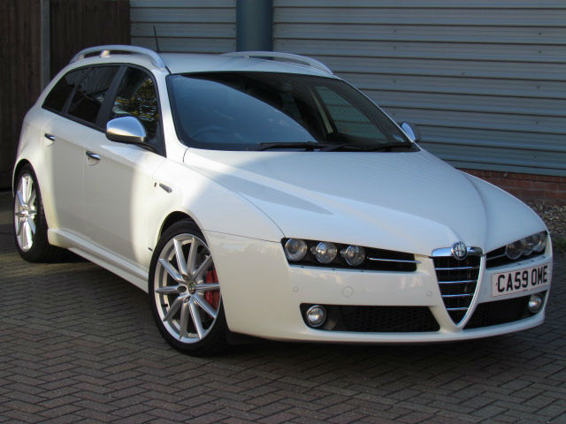alfa romeo 159 sportwagon 2 4jtdm qtronic ti white diesel. Black Bedroom Furniture Sets. Home Design Ideas
