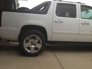 """CHEVY RIMS AND TIRES 20"""""""