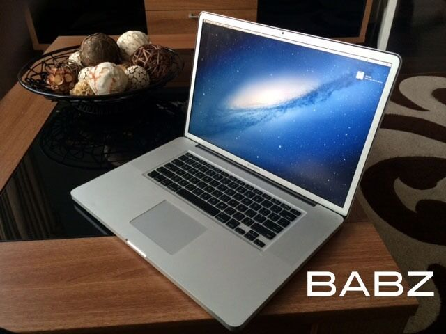 Apple Macbook Pro 17 Inch - Intel i7 Quad 2.4Ghz - 1TB HD/16GB Ram - Adobe CS6/Final Cut/Logic Pro X